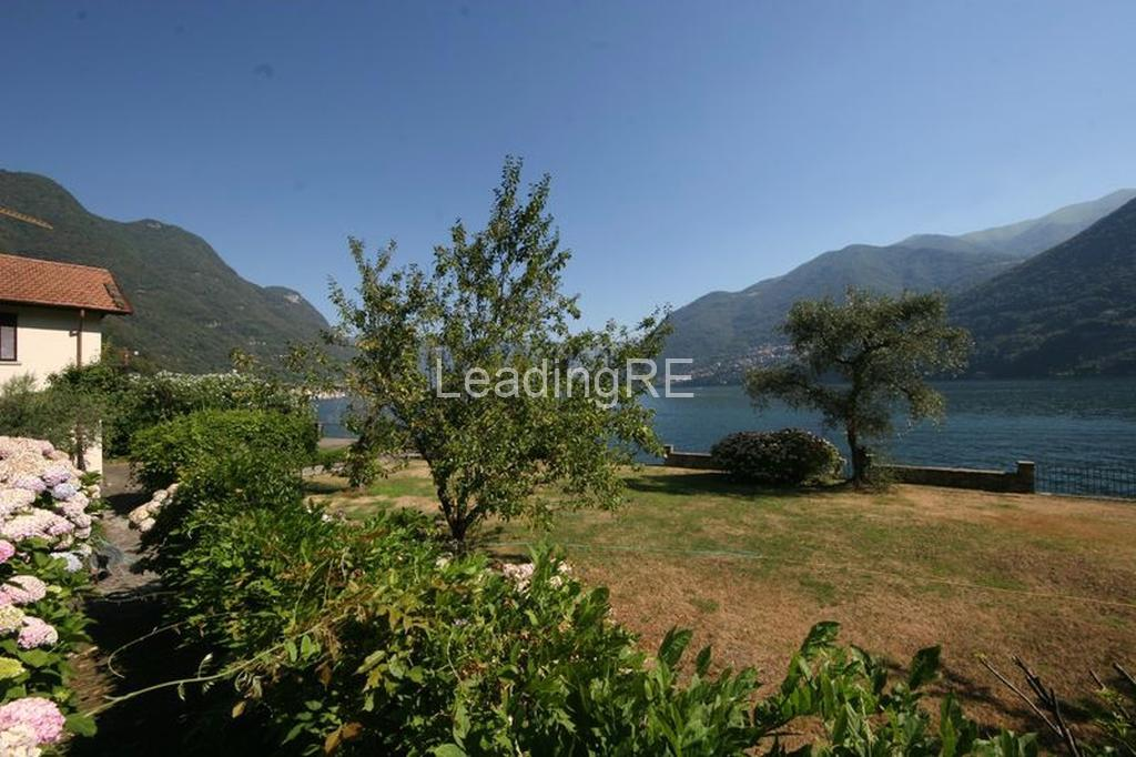 Villa Le Ginestre luxury homes