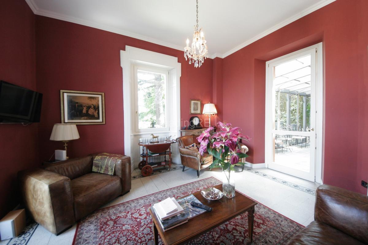Villa Augusta luxury homes