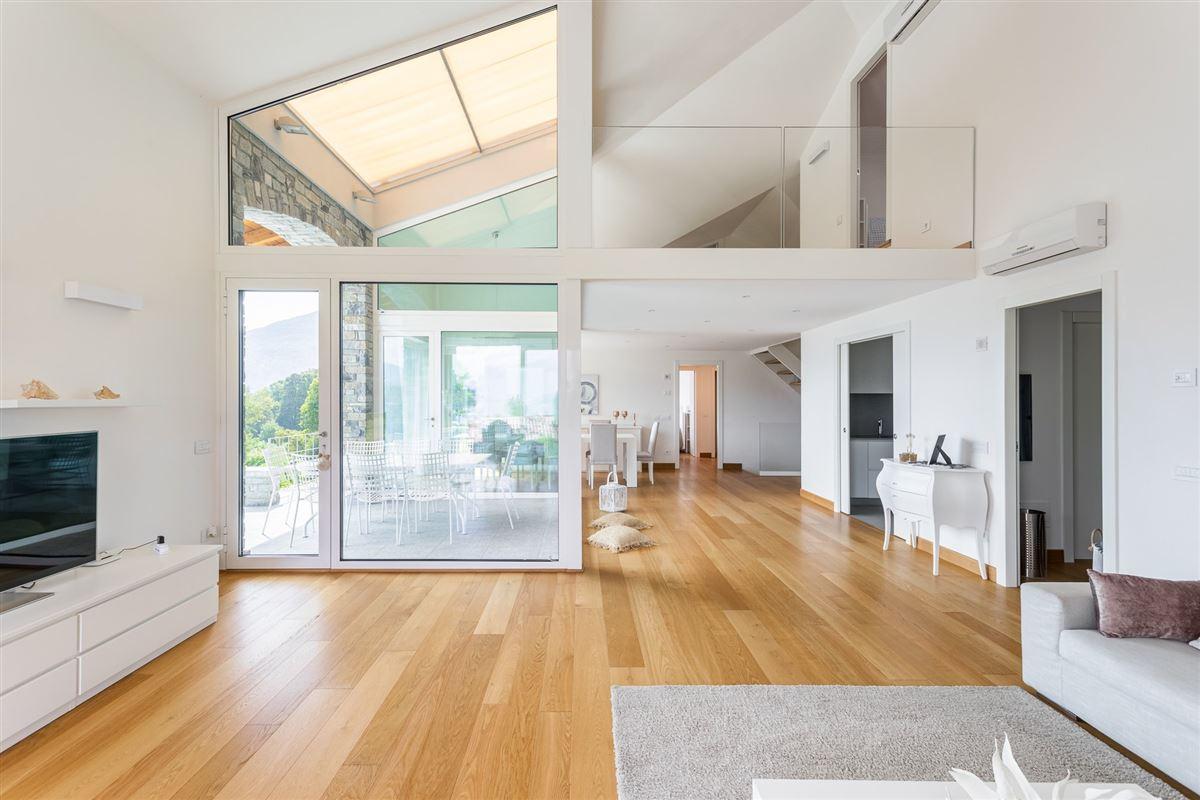 Luxury properties impeccable property in the Tremezzina