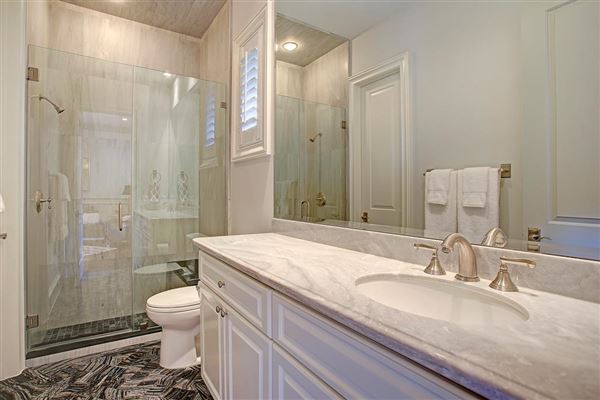 stately English townhome in houston luxury real estate