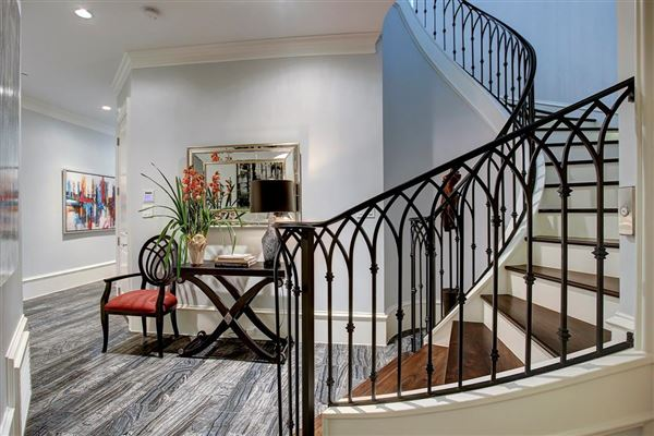Luxury properties stately English townhome in houston