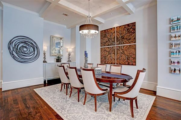 stately English townhome in houston luxury properties