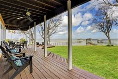 Mansions Luxury waterfront estate