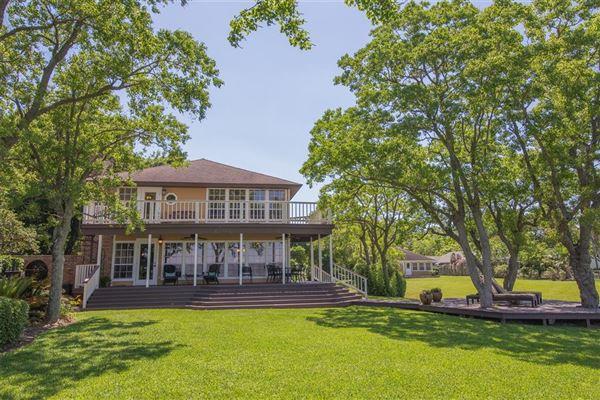 Luxury homes Luxury waterfront estate