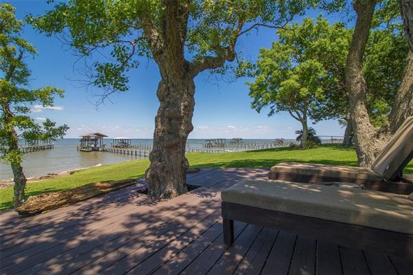 Luxury waterfront estate luxury real estate