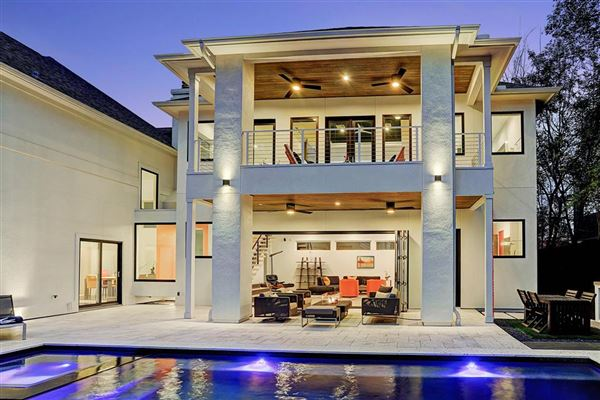 Luxury homes thoughtful modern design