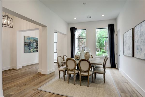 Luxury homes gorgeous NEW CONSTRUCTION in Southampton
