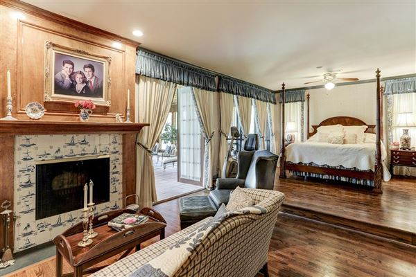 Refined country living in The Town With a Heart luxury homes