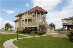 Beautiful custom built home luxury properties