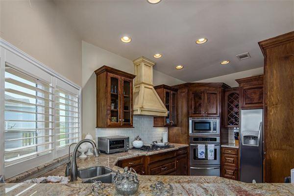 Luxury properties Beautiful custom built home
