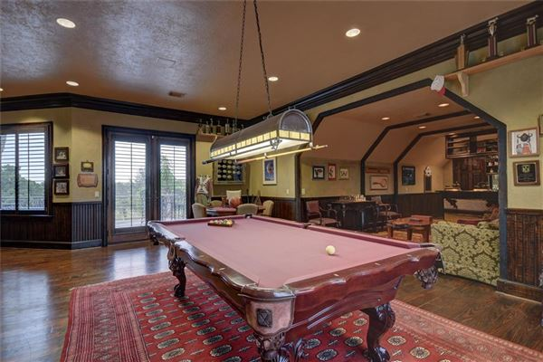Luxury homes in iconic Berger Ranch