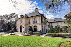 Luxury properties magnificent French Estate