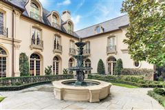 Mansions magnificent French Estate