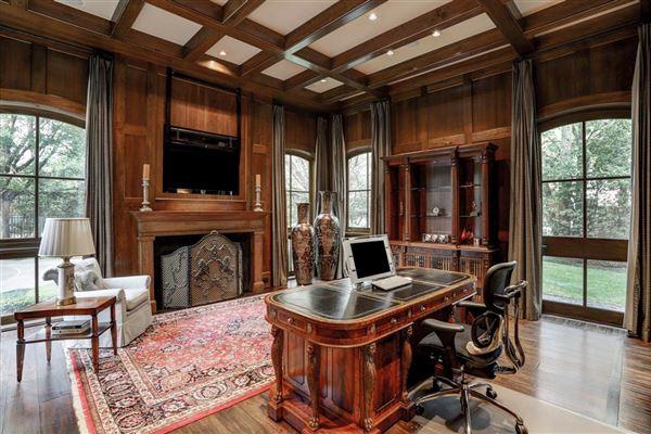 Luxury properties Magnificent Memorial Estate