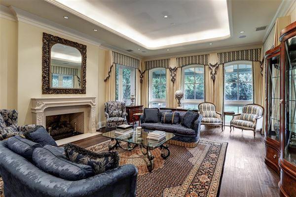 Magnificent Memorial Estate mansions
