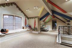 Magnificent Memorial Estate luxury homes