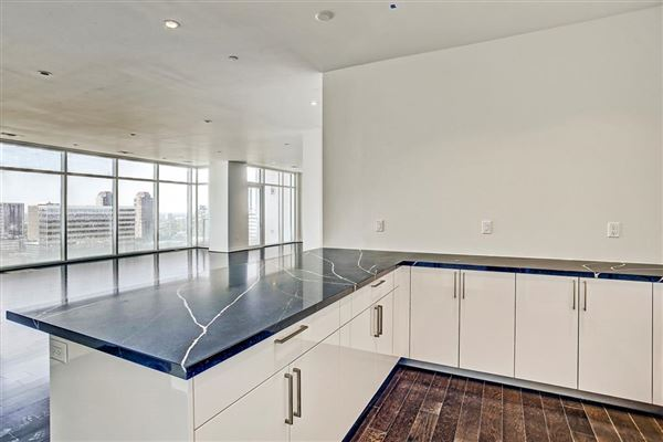 GORGEOUS residence with great views luxury homes