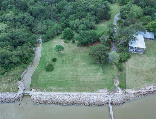 Mansions six-plus waterfront acres