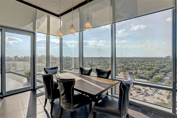 Luxury real estate Spacious home offers Amazing sunset views