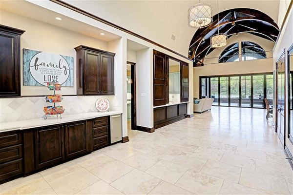 Luxury real estate stunning custom estate