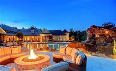 stunning custom estate mansions