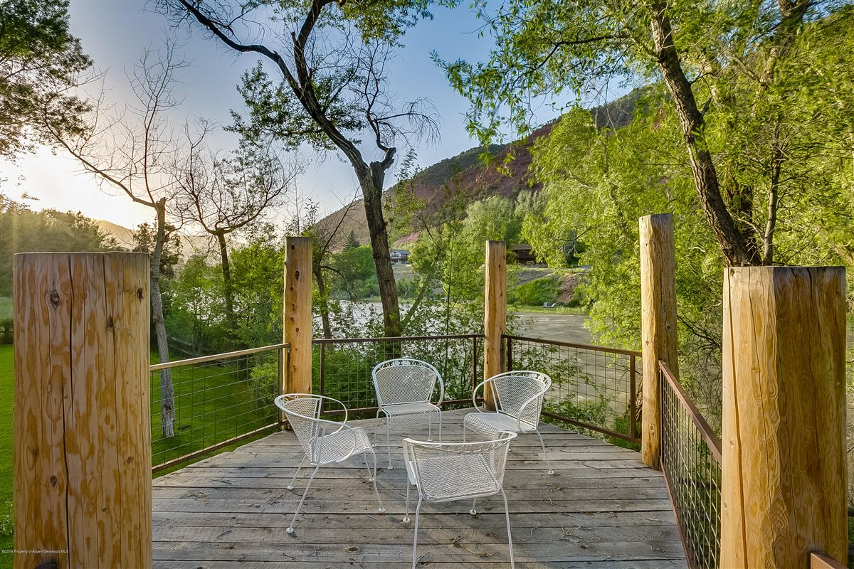 Roaring Fork River Frontage luxury homes