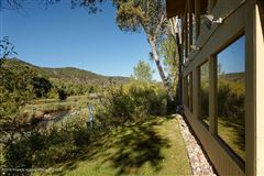 Luxury homes in Rancho Paradiso
