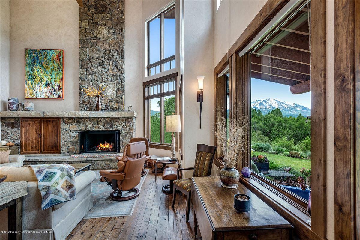 luxurious Home boasts breathtaking views luxury homes