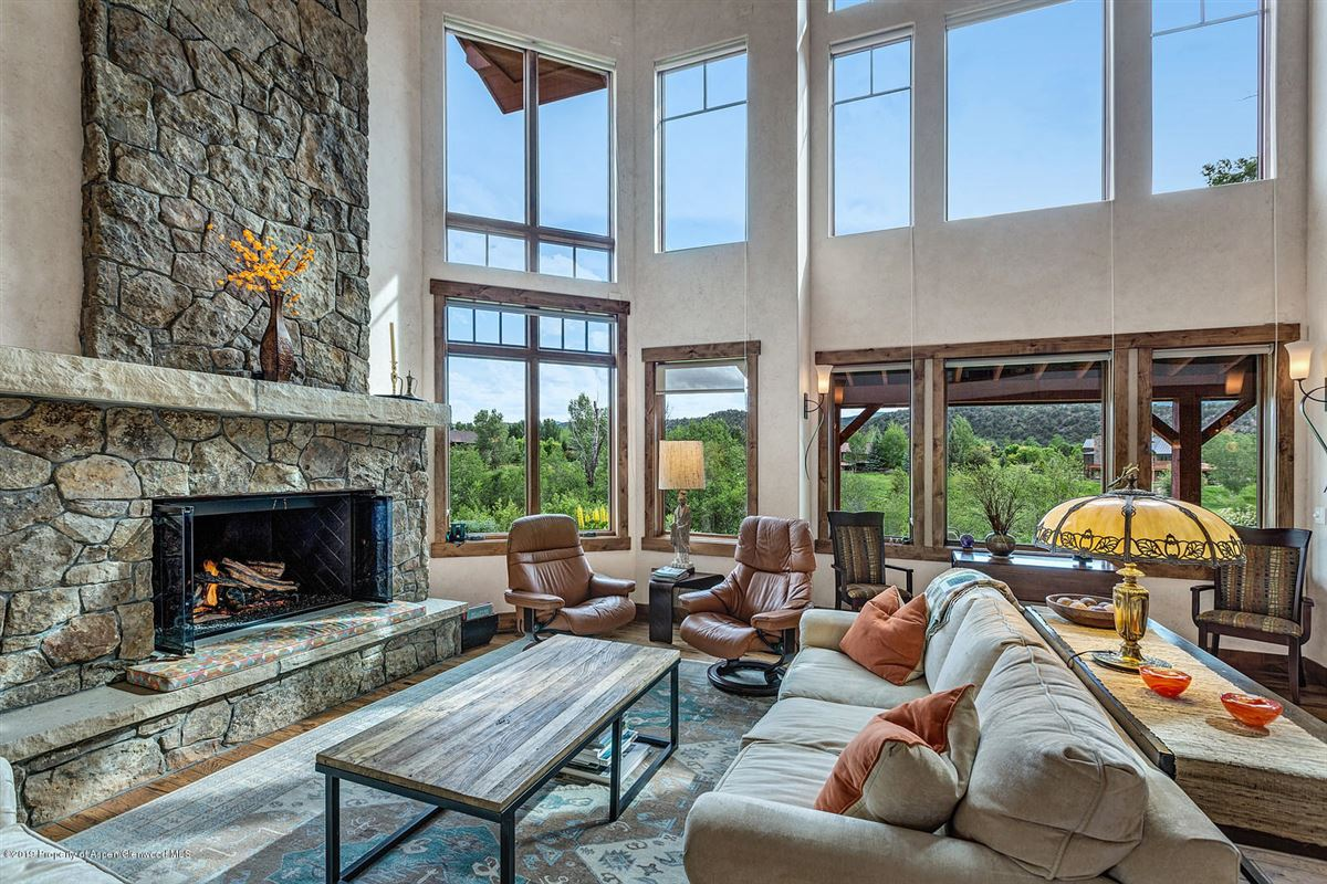 luxurious Home boasts breathtaking views luxury real estate