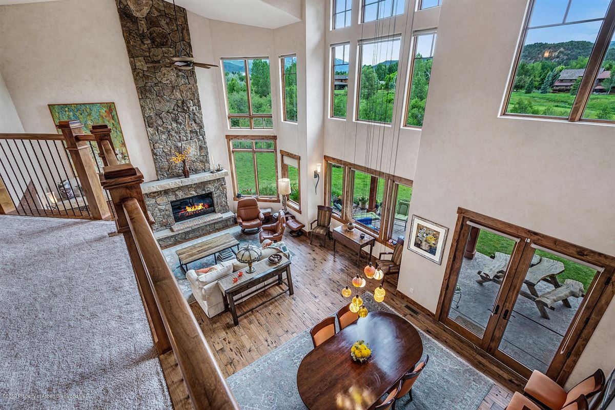 luxurious Home boasts breathtaking views luxury properties