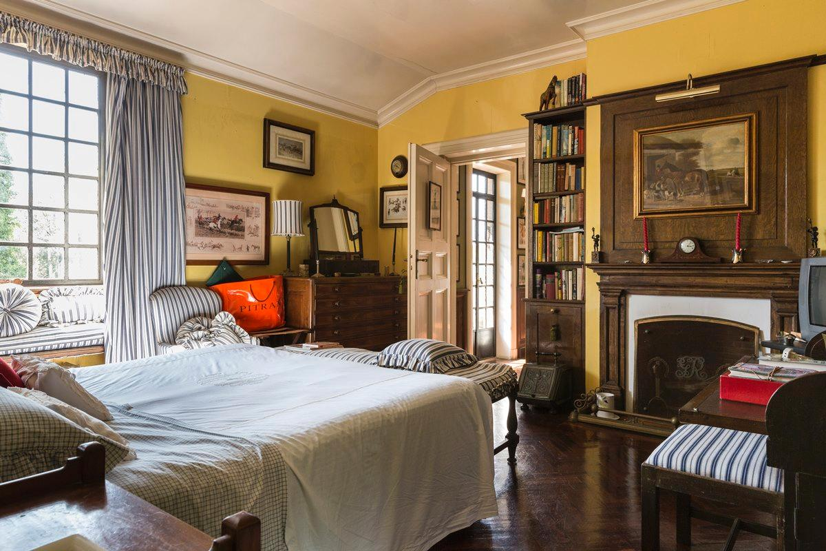 Luxury properties Prestigious villa in Olgiata area in Rome