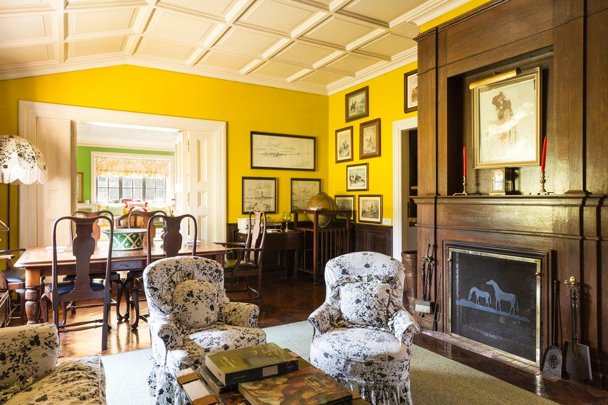 Luxury real estate Prestigious villa in Olgiata area in Rome