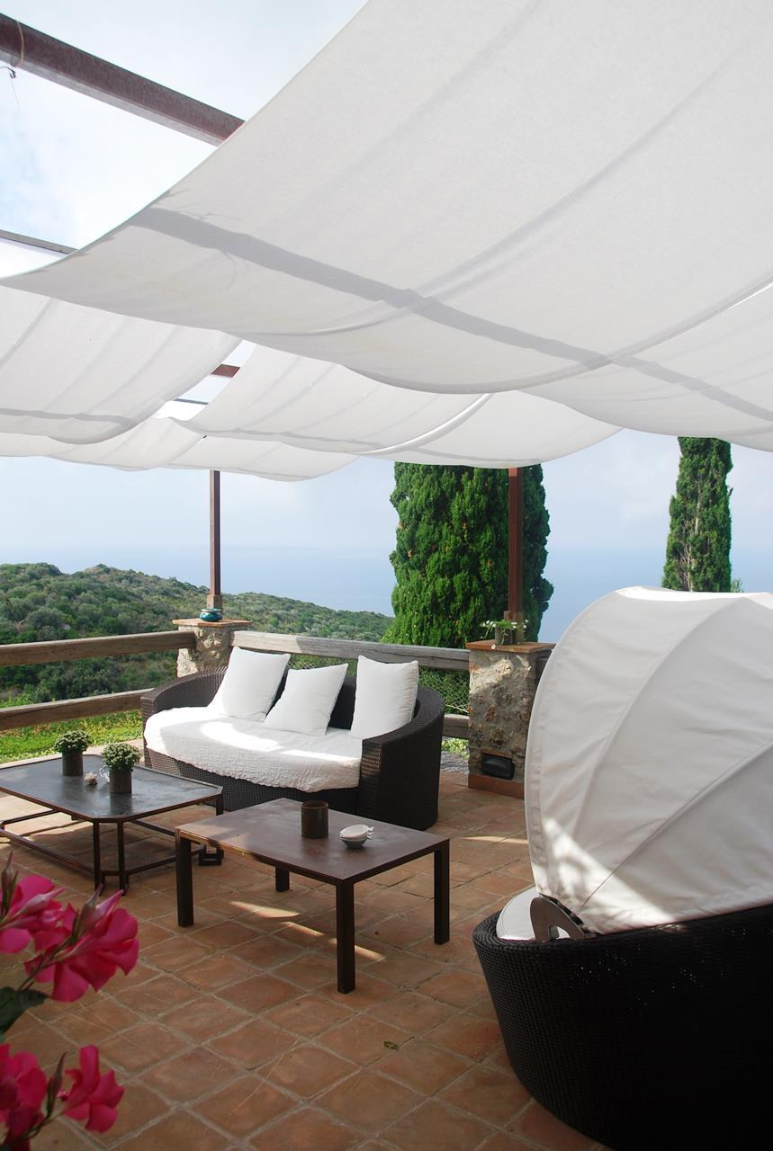 Villa with broad garden and pool overlooking the sea in Argentario mansions
