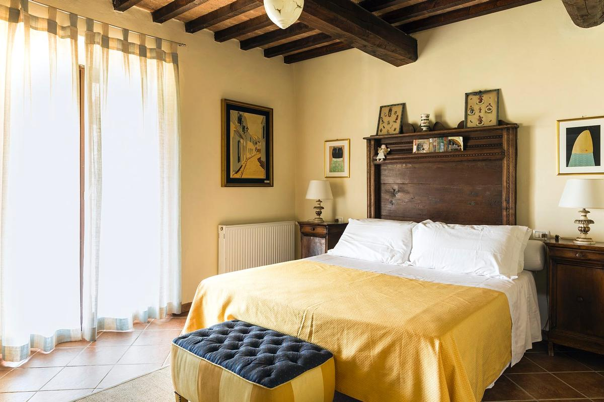 Luxury real estate Beautiful farmhouse in Val dOrcia - Tuscany
