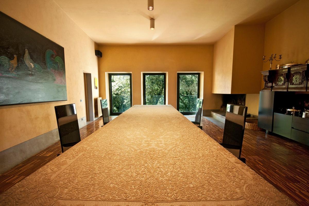 Luxury real estate PRESTIGIOUS ESTATE WITH ABBEY AND FARMHOUSES