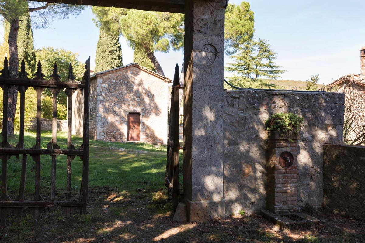 Mansions CHARMING ESTATE ON THE HILLS OF SIENA - TUSCANY