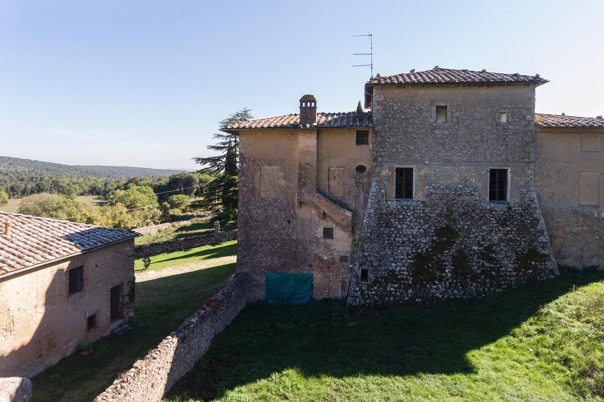 Luxury homes in CHARMING ESTATE ON THE HILLS OF SIENA - TUSCANY