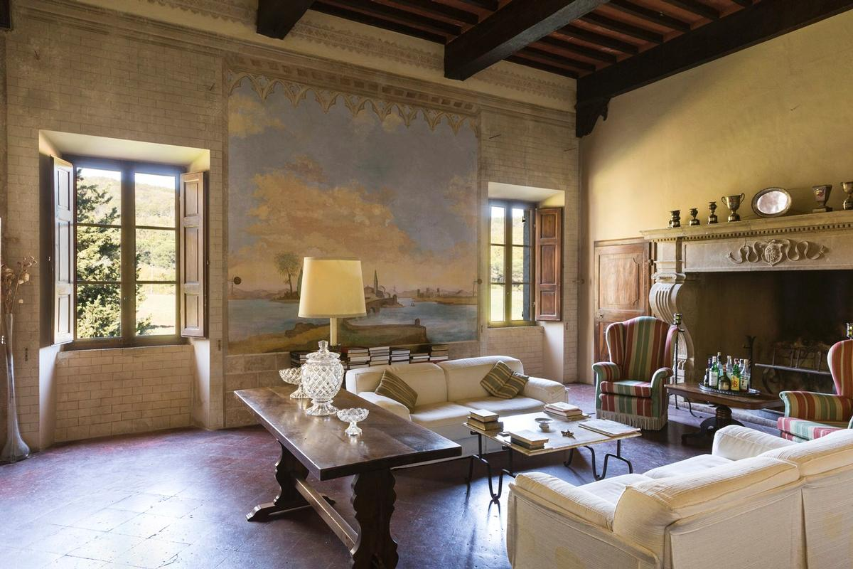 CHARMING ESTATE ON THE HILLS OF SIENA - TUSCANY luxury real estate