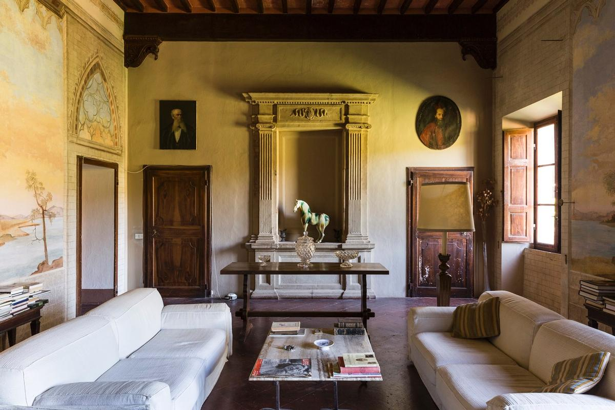 Luxury properties CHARMING ESTATE ON THE HILLS OF SIENA - TUSCANY