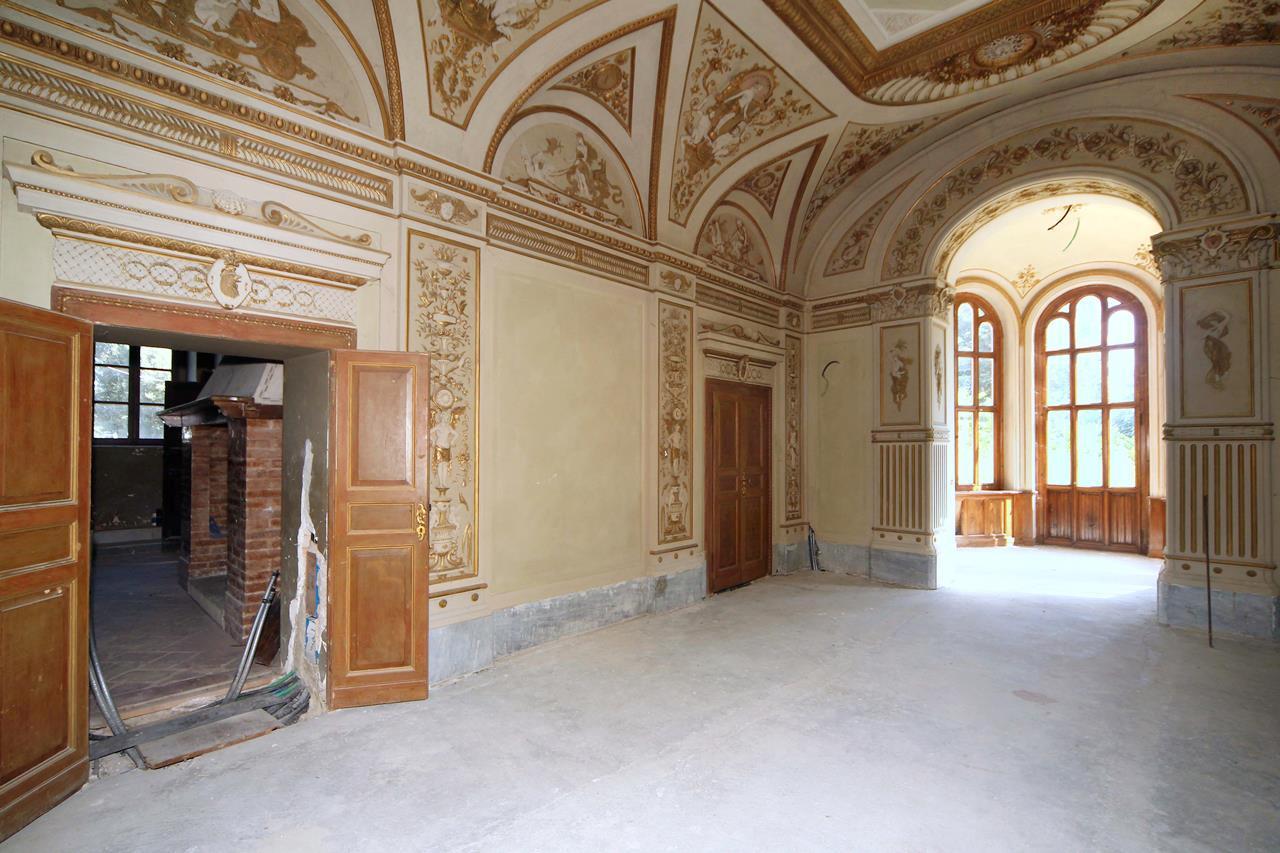 LUXURIOUS CASTLE IN PERUGIA - UMBRIA luxury properties