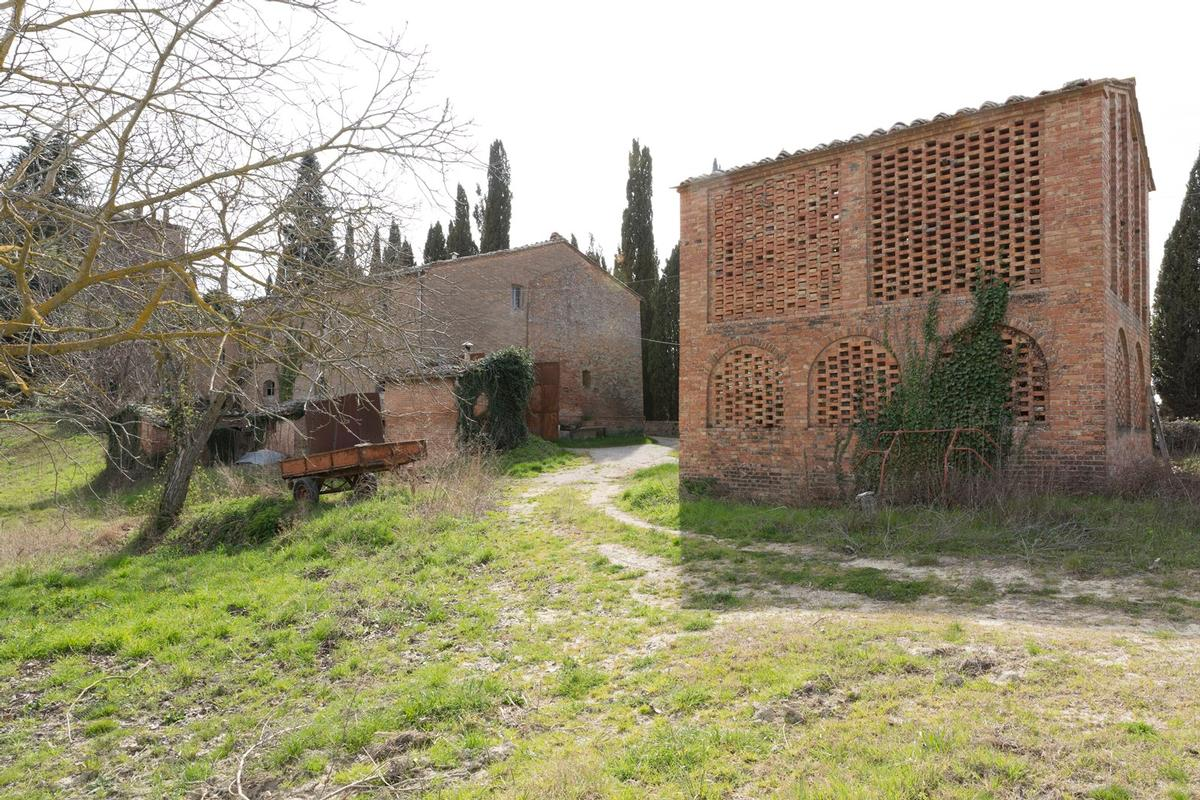 Mansions in PRESTIGIOUS AGRICULTURAL ESTATE IN TUSCANY