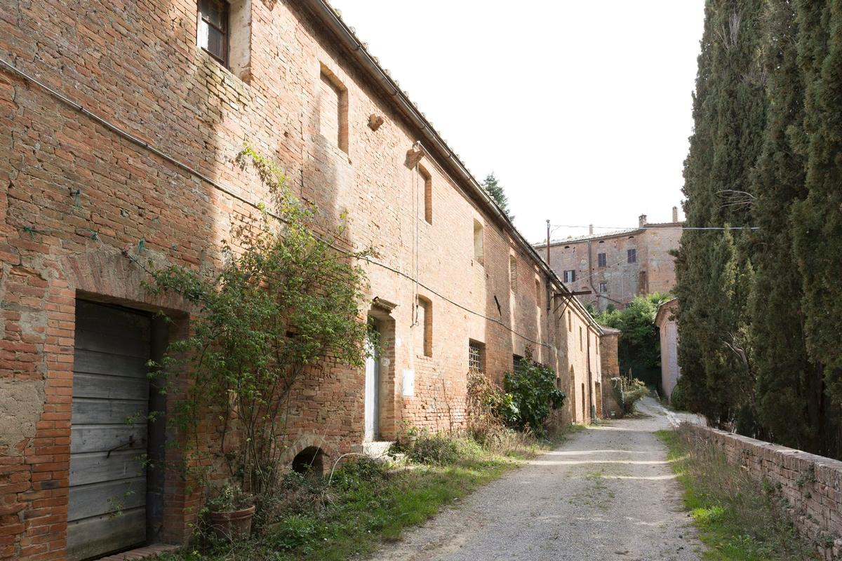 PRESTIGIOUS AGRICULTURAL ESTATE IN TUSCANY luxury homes