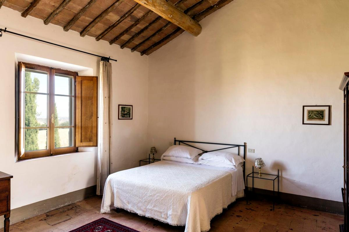 Luxury real estate PRESTIGIOUS tuscany MANOR