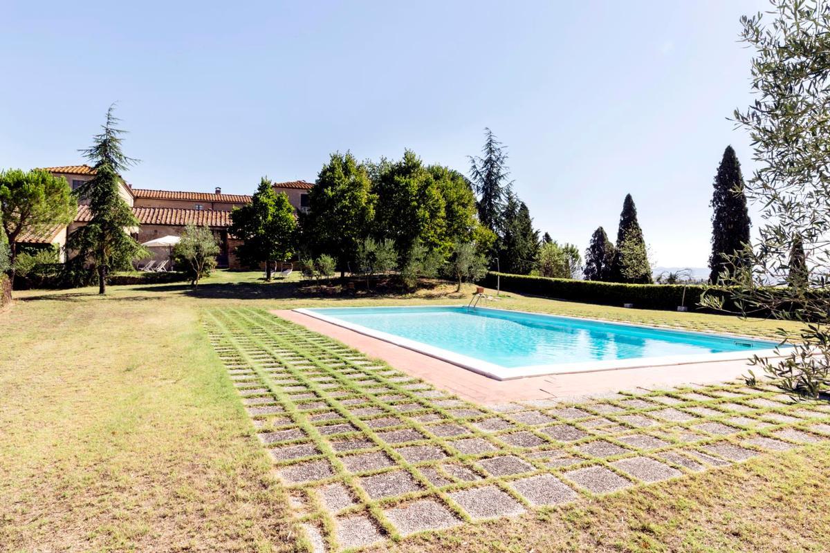 Luxury homes in PRESTIGIOUS tuscany MANOR