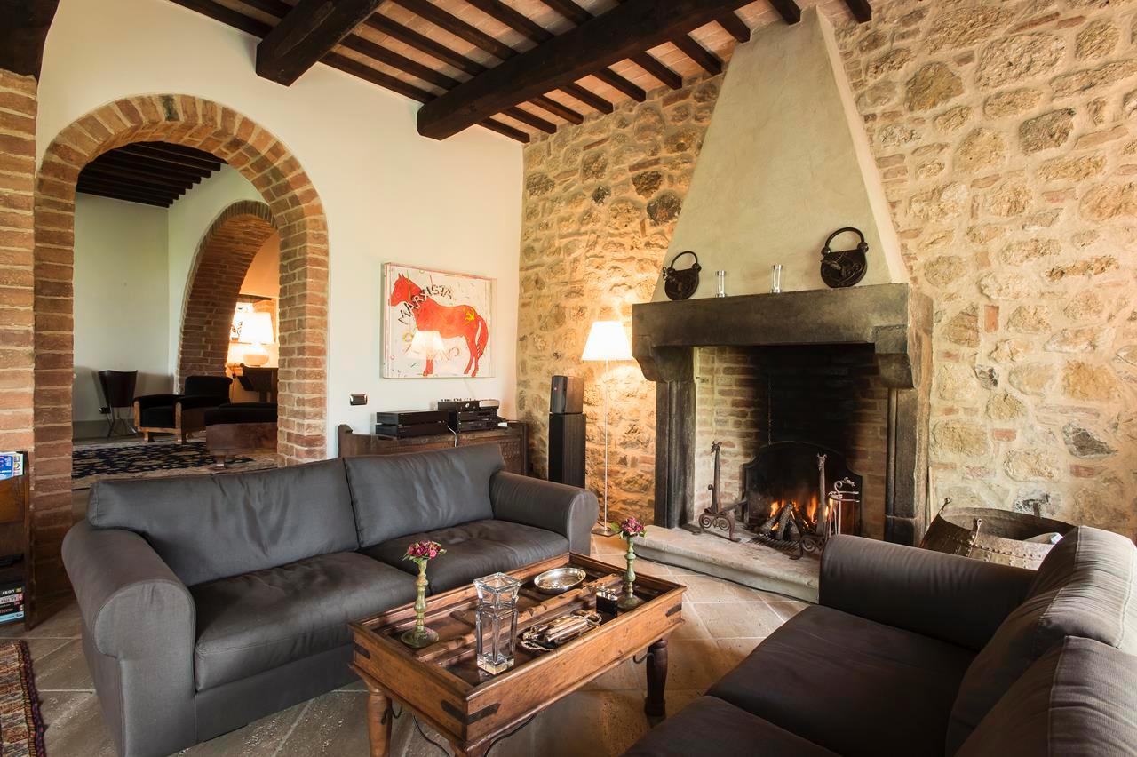 PRESTIGIOUS FARMHOUSE IN CETONA - TUSCANY luxury real estate