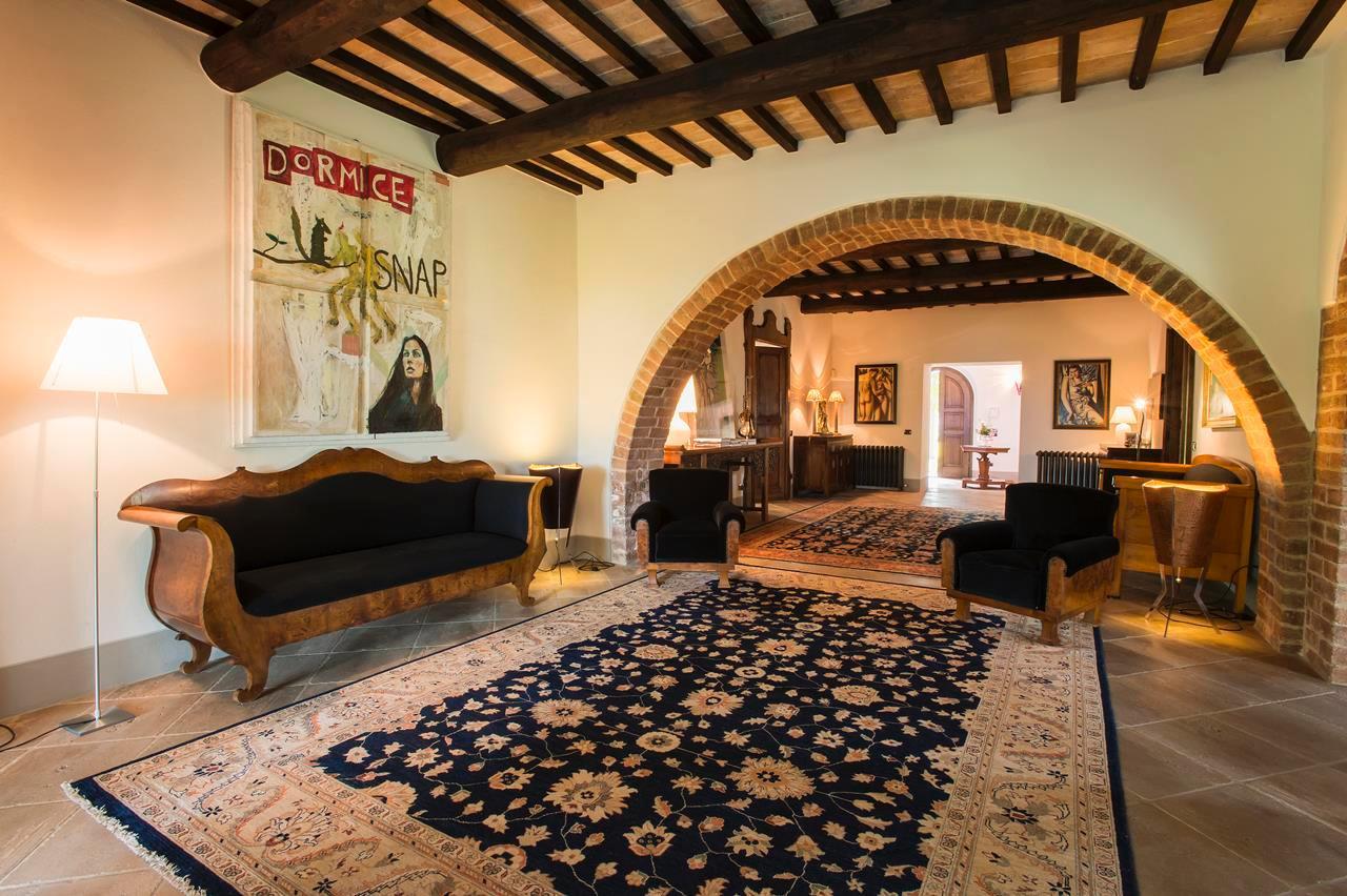 Luxury properties PRESTIGIOUS FARMHOUSE IN CETONA - TUSCANY