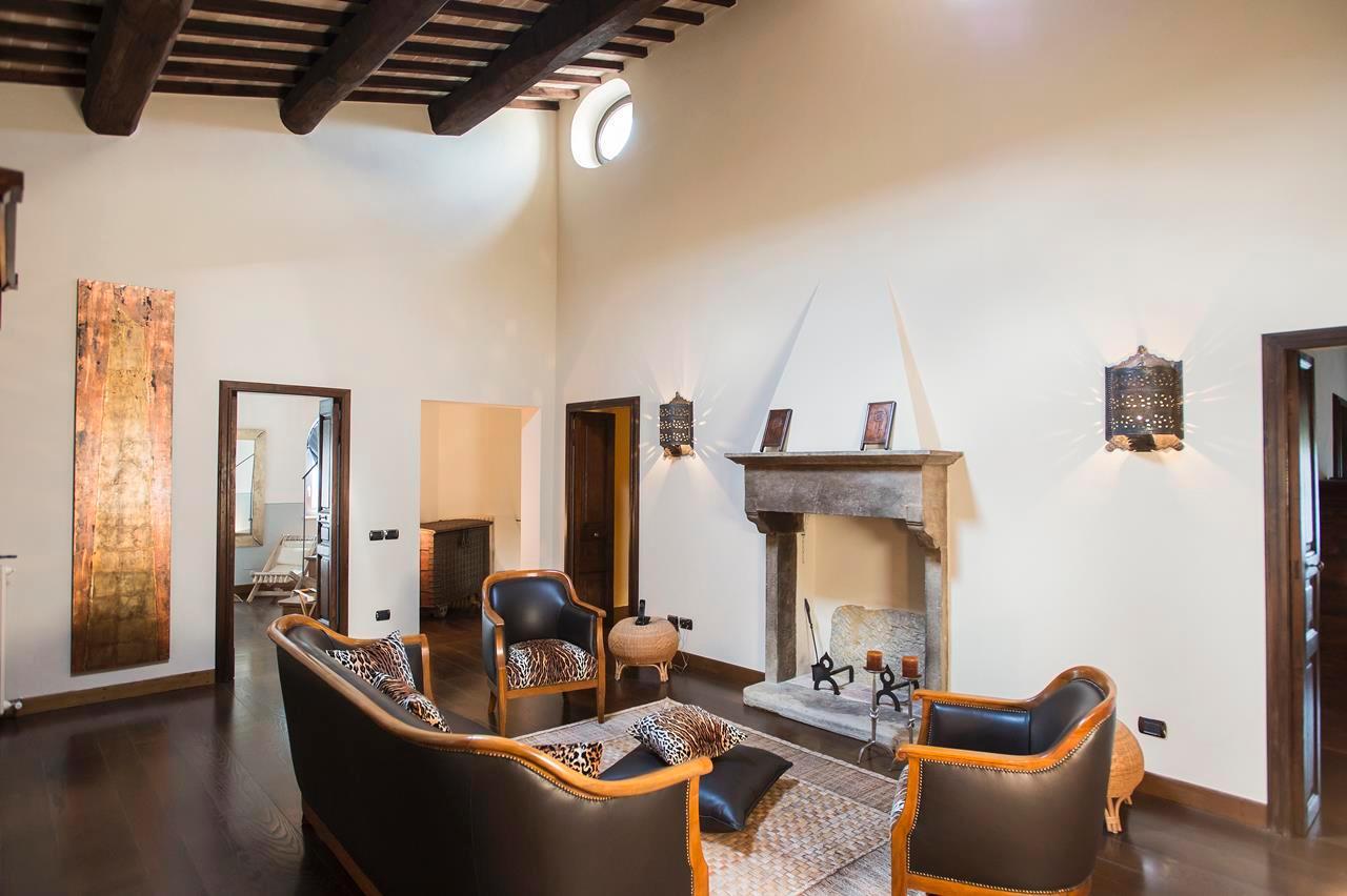 Luxury homes in PRESTIGIOUS FARMHOUSE IN CETONA - TUSCANY