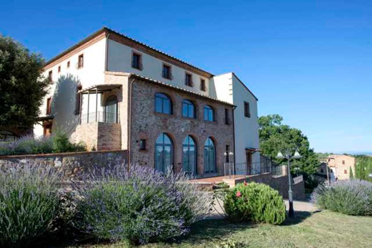 Mansions 4-STAR RESORT IN VAL DI CHIANA - TUSCANY