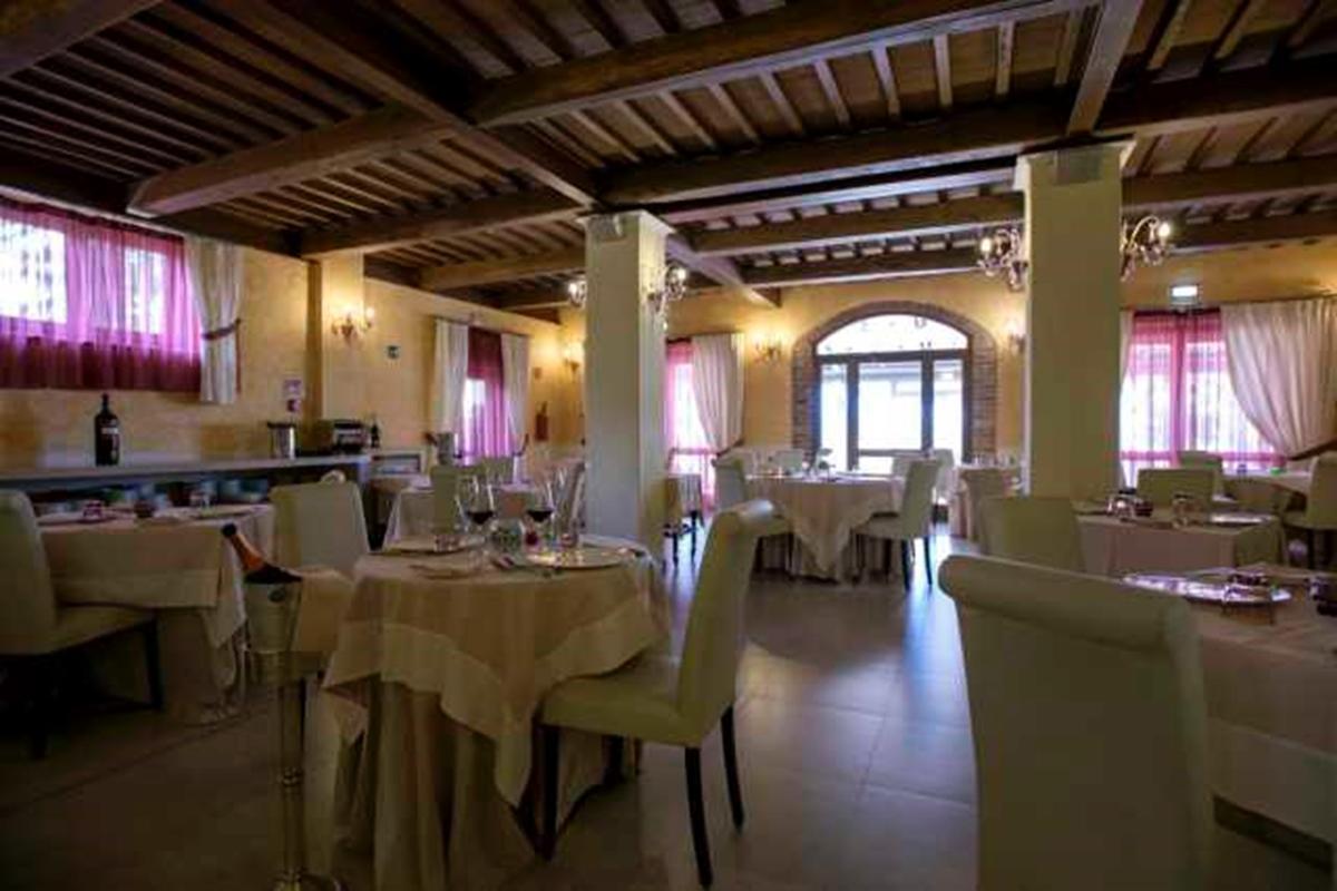 4-STAR RESORT IN VAL DI CHIANA - TUSCANY luxury homes
