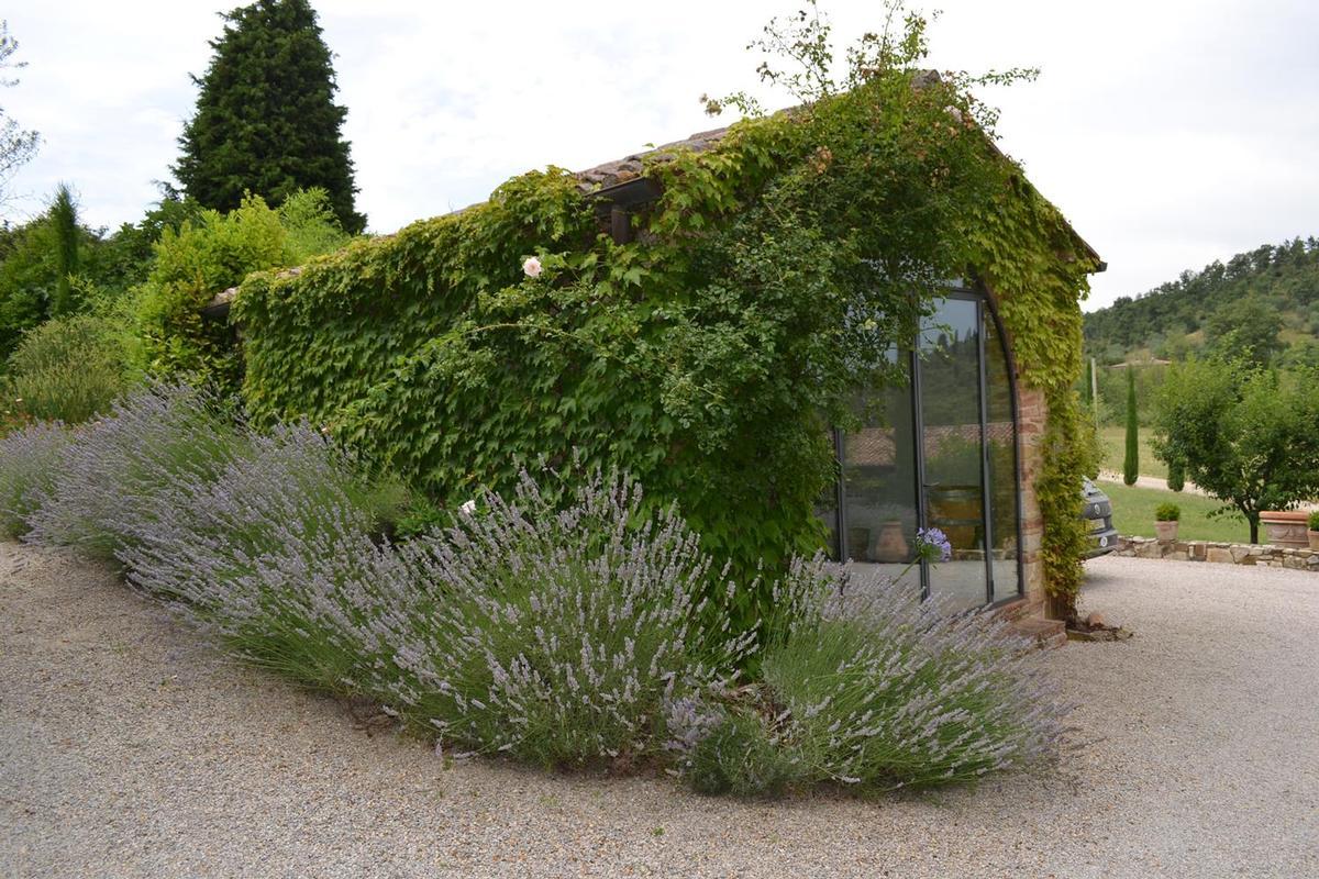 PRESTIGIOUS FARMHOUSE WITH FARM luxury real estate